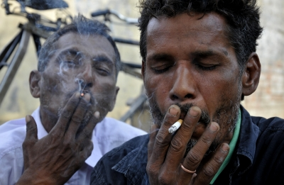 One cigarette can make two-thirds of adults addicts: Study