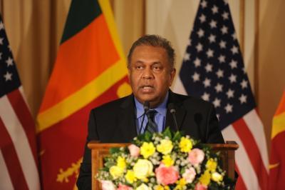 Sri Lanka lifts ban on alcohol sales to women