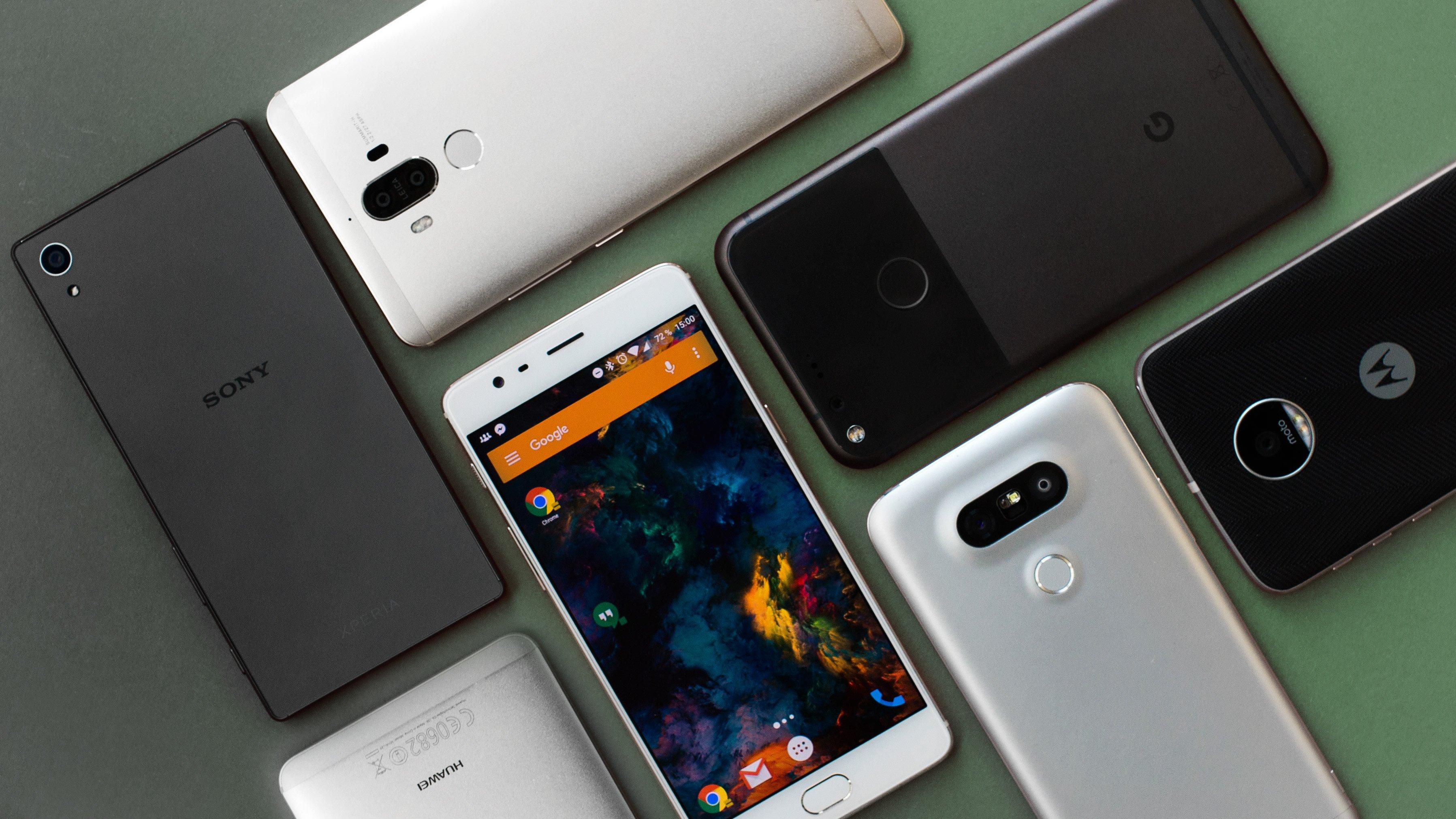 MARKET में इन 5 स्मार्टफोन कंपनियों का रहता है बोलबाला, जानें यहां