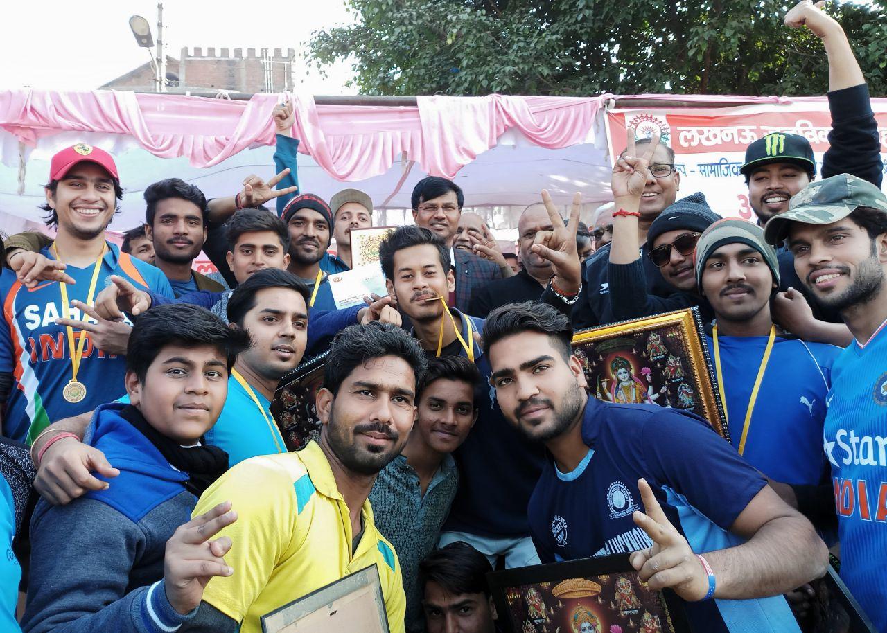 जानकीपुरम T 10 क्रिकेट प्रतियोगिता 2018 : लखनऊ नाईटराइडर्स की खिताबी जीत में सनी बने हीरो