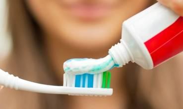 टूथपेस्ट में होते हैं मलेरिया-रोधी तत्व