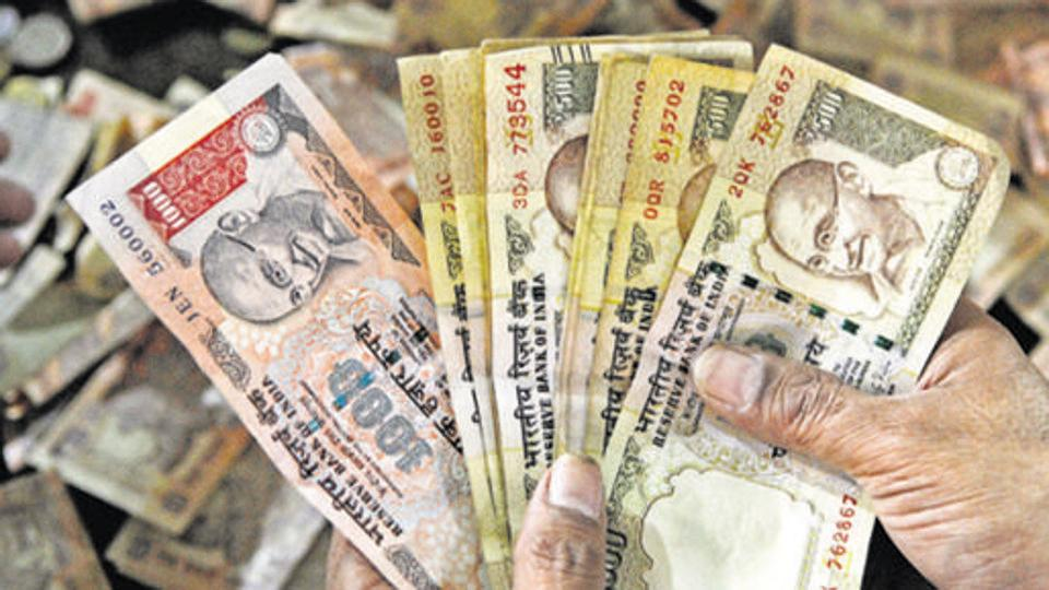 Biggest haul: Rs 100 crore in banned notes seized in Kanpur