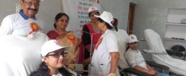 Blood donation camp, Benefits of blood donation, Bindass Jiyo Foundation, Swaroop Rani Medical Collage, Allahabad, Uttar Pradesh news, Regional news