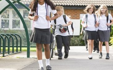 Girls in Australian schools, Australian school girls, Shorts, Pants, School uniform, Australia, World news, Offbeat news