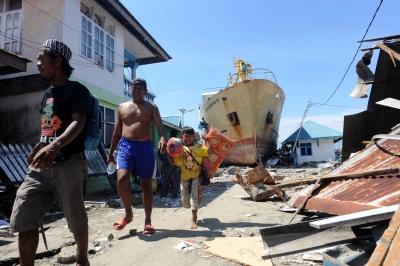 Indonesia earthquake, tsunami toll reaches 1,649 (Lead) – Live Uttar