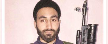 Mannan Bashir Wani, PhD scholar, AMU suspend nine students, Aligarh Muslim University, AMU, Militant, Terrorist, Aligarh, Uttar Pradesh, Regional news, National news