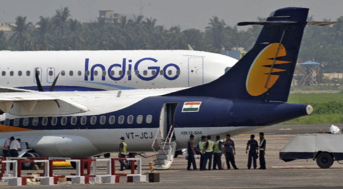 Indigo airlines, Indigo flight, Bomb threat, Lucknow, Mumbai, Delhi, Regional news