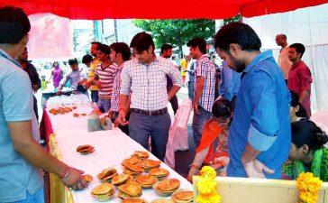 Bada Mangle, Bhandara, Lord Hanuman, Hazrat Ali, Bajrangbali, Hanuman devotee, Muslim man, Iftar, Namaz, Bhajans, Javed Siddique, Hindu Festival, Religious news, Religion news, Spiritual news