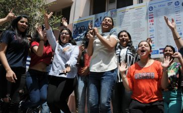 CBSE Class 10 results, Class 10 CBSE results, Girls outshines boys in class10th results, Central Board of Secondary Education, Education news, Career news