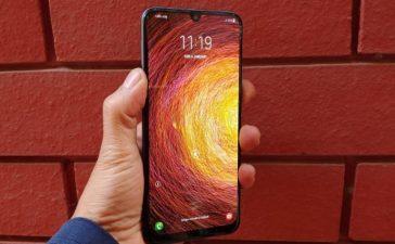 Samsung Galaxy M40, Smartphone, Mobile phone, Gadget news, Technology news